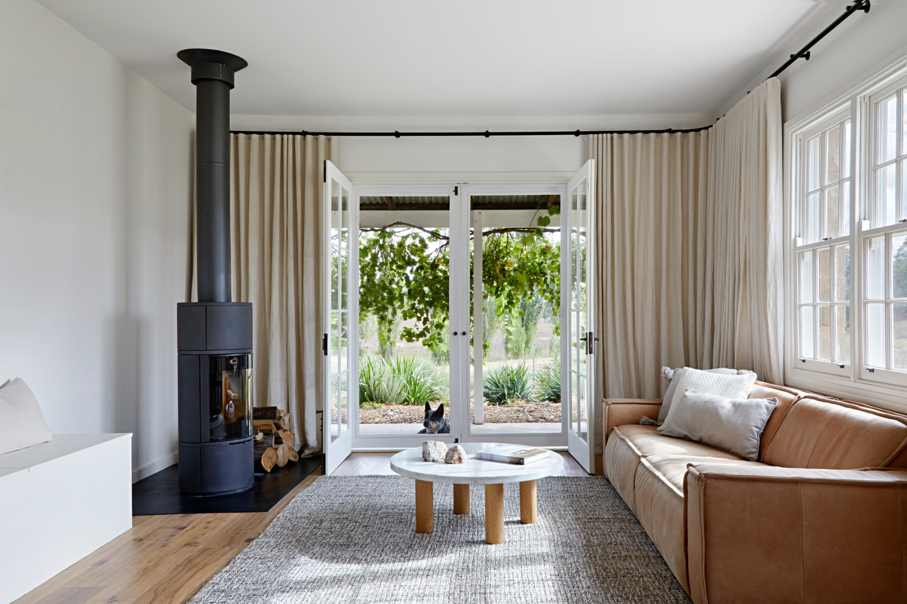 Capertee valley cottage studio esteta